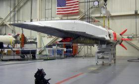 США потратят миллиард долларов на гиперзвуковую ракету: Россию не догонят