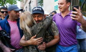 Правящая партия Армении согласилась поддержать Пашиняна