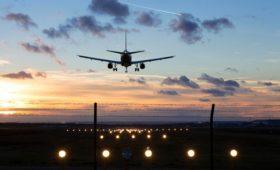 США ужесточили требования к трем российским авиакомпаниям