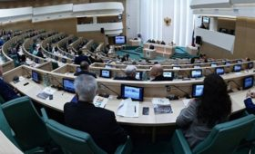 Совфед одобрил законопроект оконтрсанкциях