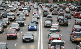 Объём выбросов от автомобилей в России продолжает расти