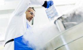 Российские ученые создадут сеть биологических банков, работающих с крупными клиническими центрами