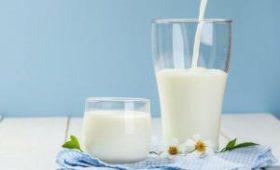 Как и когда лучше пить молоко: ответ врачей