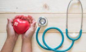 Медсестра усыновила человека с аутизмом, чтобы ему сделали пересадку сердца