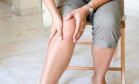 Боль в ногах при ходьбе может означать заболевание периферических артерий